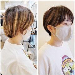 インナーカラー ヘアカット コンパクトショート ナチュラル ヘアスタイルや髪型の写真・画像