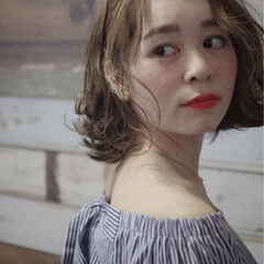 極細ハイライト ボブ キュート ベージュ ヘアスタイルや髪型の写真・画像