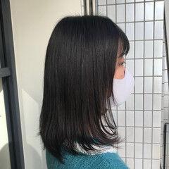 セミロング ツヤツヤ ナチュラル 縮毛矯正 ヘアスタイルや髪型の写真・画像
