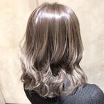 セミロング 簡単ヘアアレンジ フェミニン モテ髪