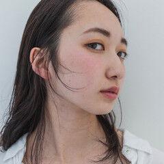 ウェット感 ナチュラル 大人かわいい 透明感 ヘアスタイルや髪型の写真・画像