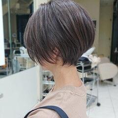 大人ハイライト ショートボブ 斜め前髪 ショート ヘアスタイルや髪型の写真・画像