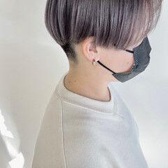 ブリーチカラー ホワイトグレージュ 透明感カラー ベリーショート ヘアスタイルや髪型の写真・画像