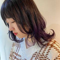 ウルフカット ミディアム モード インナーカラー ヘアスタイルや髪型の写真・画像