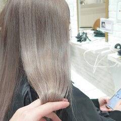 ハイトーンカラー フェミニン ブリーチカラー セミロング ヘアスタイルや髪型の写真・画像