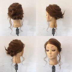 結婚式 フェミニン ヘアアレンジ 後れ毛 ヘアスタイルや髪型の写真・画像