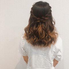 結婚式 ヘアアレンジ ハーフアップ フェミニン ヘアスタイルや髪型の写真・画像