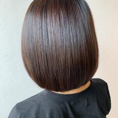 ショートボブ おしゃれ 切りっぱなしボブ 透明感カラー ヘアスタイルや髪型の写真・画像