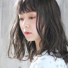 外国人風カラー 大人かわいい アンニュイほつれヘア ミディアム ヘアスタイルや髪型の写真・画像