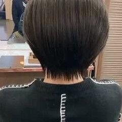 ナチュラル オリーブグレージュ ショート 暗髪 ヘアスタイルや髪型の写真・画像