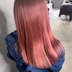 セミロング ハイトーンカラー ピンク 透明感カラー ヘアスタイルや髪型の写真・画像
