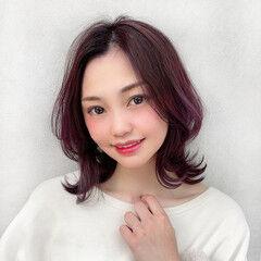 レイヤーカット ミディアムレイヤー ミディアム ワンカールスタイリング ヘアスタイルや髪型の写真・画像