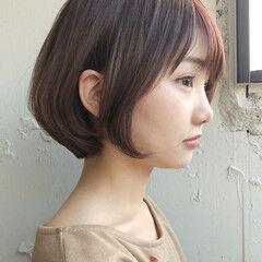 前下がりショート デジタルパーマ ショート アンニュイほつれヘア ヘアスタイルや髪型の写真・画像