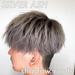 ホワイトシルバー ショート シルバーグレー ストリート ヘアスタイルや髪型の写真・画像