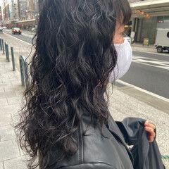 360度どこからみても綺麗なロングヘア 毛先パーマ セミロング 前髪パーマ ヘアスタイルや髪型の写真・画像
