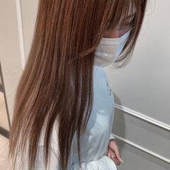 シアーベージュ くすみベージュ ナチュラル ロング ヘアスタイルや髪型の写真・画像