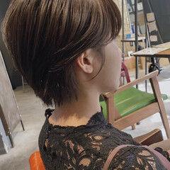丸みショート グレージュ ナチュラル 透明感カラー ヘアスタイルや髪型の写真・画像