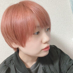 ピンクベージュ ショート フェミニン 髪質改善 ヘアスタイルや髪型の写真・画像