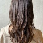 レイヤーカット ツヤ髪 ミディアムレイヤー 髪質改善トリートメント