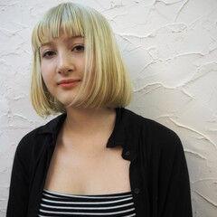 ハイトーン ガーリー ボブ 金髪 ヘアスタイルや髪型の写真・画像