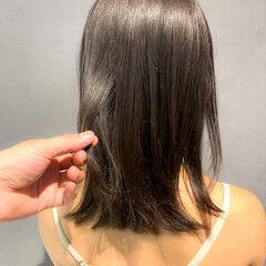 オリーブアッシュ オリーブカラー ガーリー オリーブ ヘアスタイルや髪型の写真・画像