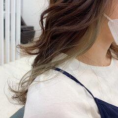 インナーカラー アンニュイ ナチュラル 大人かわいい ヘアスタイルや髪型の写真・画像