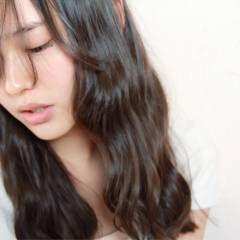パーマ 艶髪 ゆるふわ 愛され ヘアスタイルや髪型の写真・画像