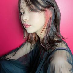 ミディアム 外ハネ ガーリー ピンク ヘアスタイルや髪型の写真・画像