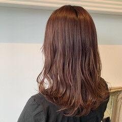 ベージュ ロング 大人可愛い シアーベージュ ヘアスタイルや髪型の写真・画像