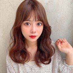 セミロング 韓国ヘア 韓国 フェザーバング ヘアスタイルや髪型の写真・画像