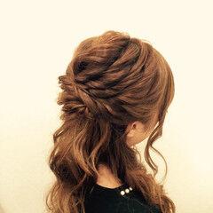セミロング ヘアセット ヘアアレンジ ツイスト ヘアスタイルや髪型の写真・画像