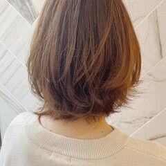 イルミナカラー ボブ 切りっぱなしボブ ナチュラル ヘアスタイルや髪型の写真・画像