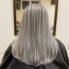 外国人風カラー ギャル ガーリー バレイヤージュ ヘアスタイルや髪型の写真・画像