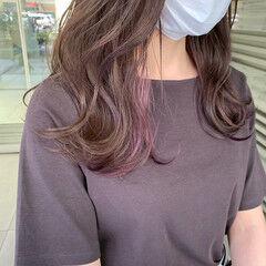 ナチュラル インナーピンク セミロング インナーカラー ヘアスタイルや髪型の写真・画像