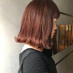 オレンジ コーラル ナチュラル ボブ ヘアスタイルや髪型の写真・画像