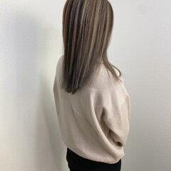 セミロング ハイライト 透明感カラー ナチュラル ヘアスタイルや髪型の写真・画像