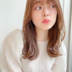 くびれカール ミディアム 鎖骨ミディアム 小顔ヘア ヘアスタイルや髪型の写真・画像