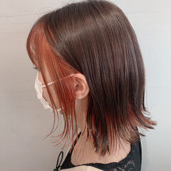インナーカラー ボブ モード 外ハネ ヘアスタイルや髪型の写真・画像