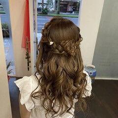 編み込み 編み込みヘア ナチュラル ヘアアレンジ ヘアスタイルや髪型の写真・画像