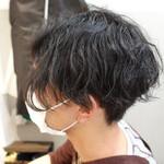 ショートヘア メンズパーマ 黒髪ショート ツーブロック