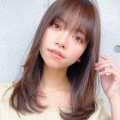 レイヤー 小顔 コンサバ レイヤーカット ヘアスタイルや髪型の写真・画像