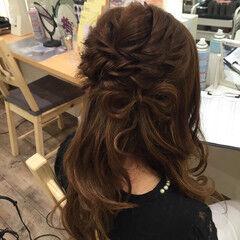 リボンアレンジ ハーフアップ ツイスト セミロング ヘアスタイルや髪型の写真・画像