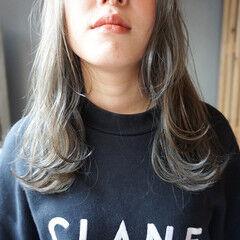 透明感 ナチュラル くすみベージュ 透明感カラー ヘアスタイルや髪型の写真・画像
