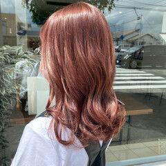 ナチュラル可愛い ピンクベージュ セミロング ナチュラル ヘアスタイルや髪型の写真・画像