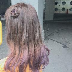 簡単ヘアアレンジ グラデーションカラー フェミニン ライブ ヘアスタイルや髪型の写真・画像
