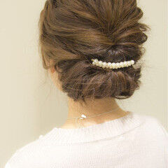 大人かわいい ヘアアレンジ ギブソンタック セミロング ヘアスタイルや髪型の写真・画像