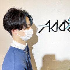 ショート ナチュラル 韓国風ヘアー インナーカラー ヘアスタイルや髪型の写真・画像