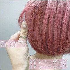 ラベンダーピンク ガーリー ショートボブ 韓国風ヘアー ヘアスタイルや髪型の写真・画像