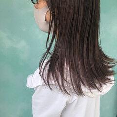 パープルアッシュ 透明感カラー セミロング くすみカラー ヘアスタイルや髪型の写真・画像