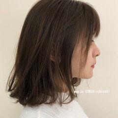 オリーブベージュ おしゃれさんと繋がりたい 切りっぱなしボブ ミディアム ヘアスタイルや髪型の写真・画像
